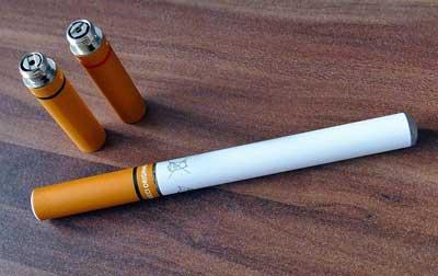Cigalikes-look-like-cigarettes